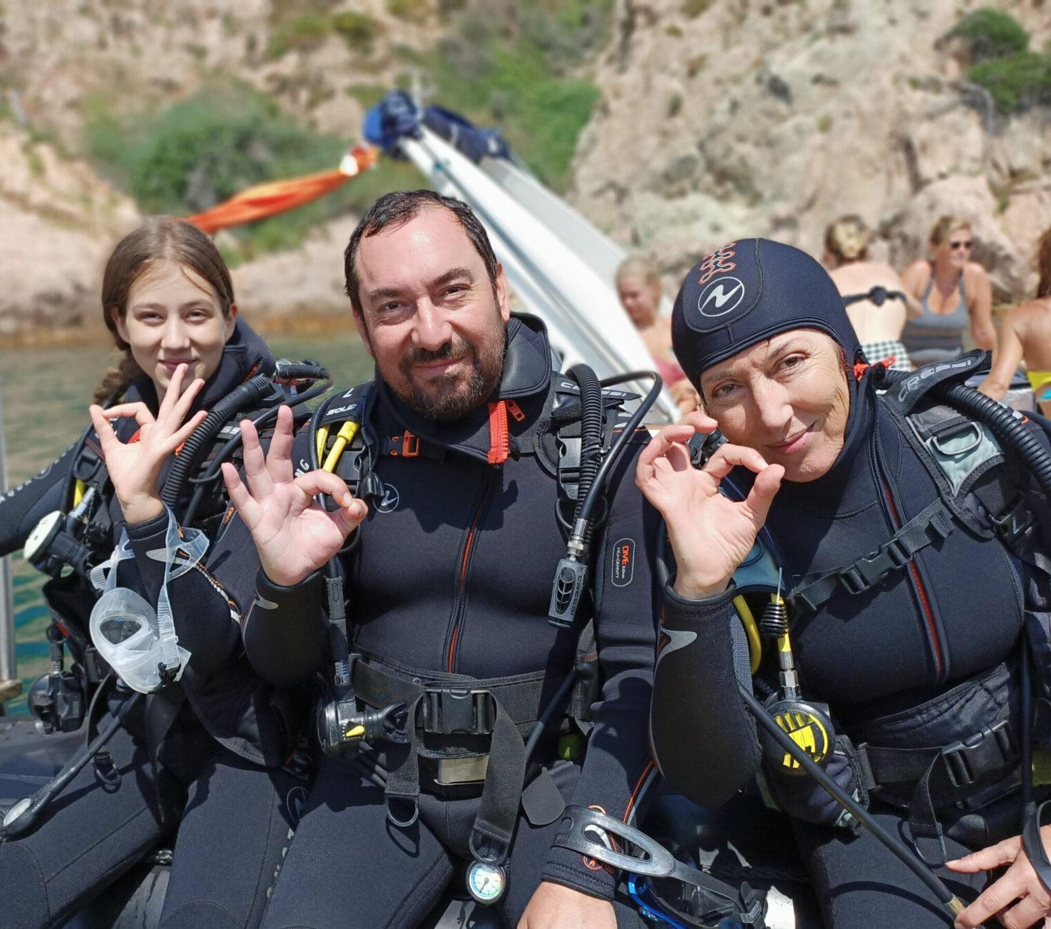 Familia bautizo submarino costa brava